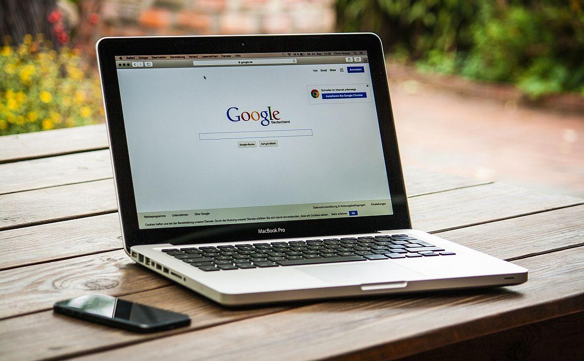 Herkel: inimõigused internetis nõuavad kiiret tegutsemist