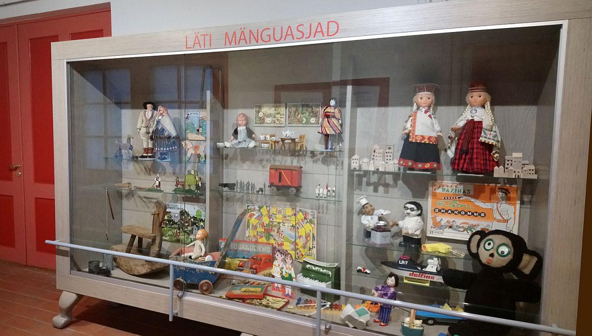 Saldejums! Mänguasjamuuseumis avatakse näitus Läti mänguasjadest