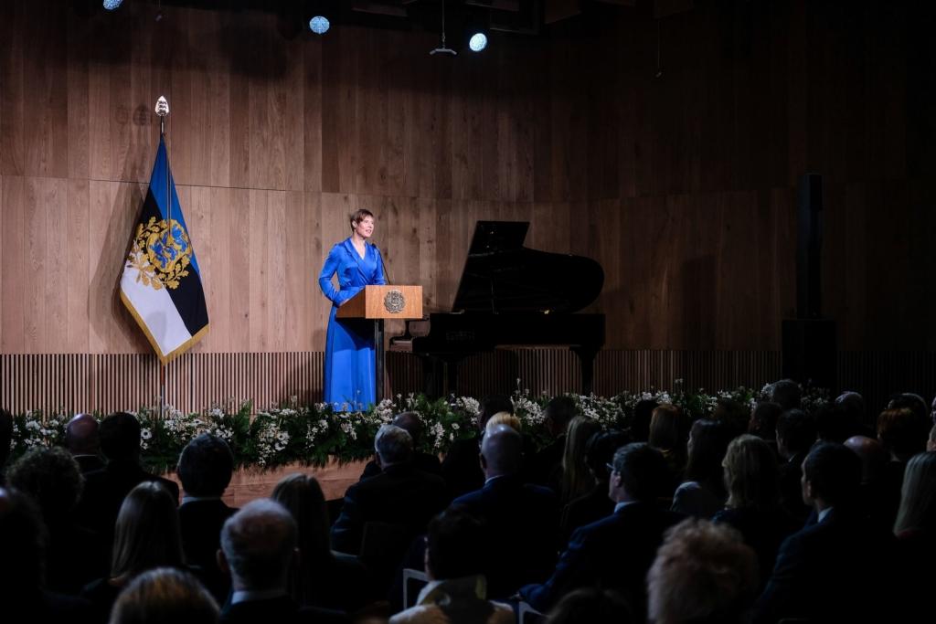 EESTI AU! President Kaljulaid teenetemärkide üleandmisel: ühiskond püsib koos ühisosa otsides