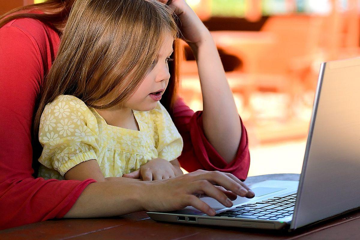 UURING: enamik Eesti lastest tunneb end internetis enesekindlalt