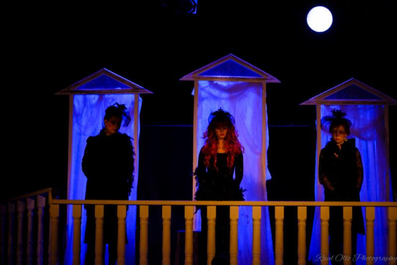 Von Glehni teater mängib viimast korda Mrožekit