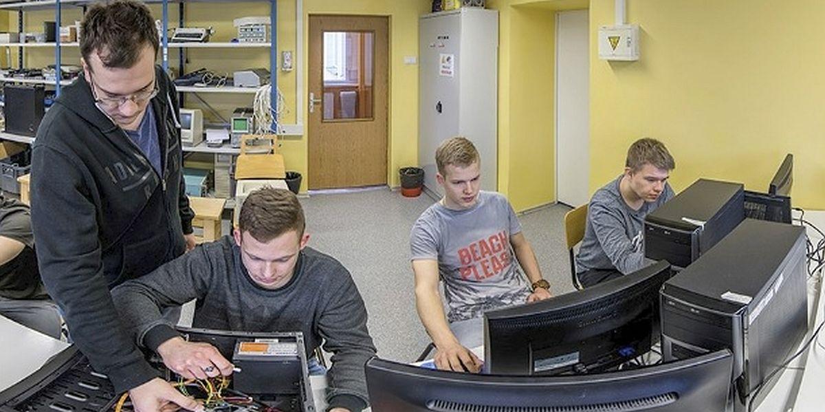 Tartu Kutsehariduskeskus avab uue tipptasemel tarkvaraarendaja eriala
