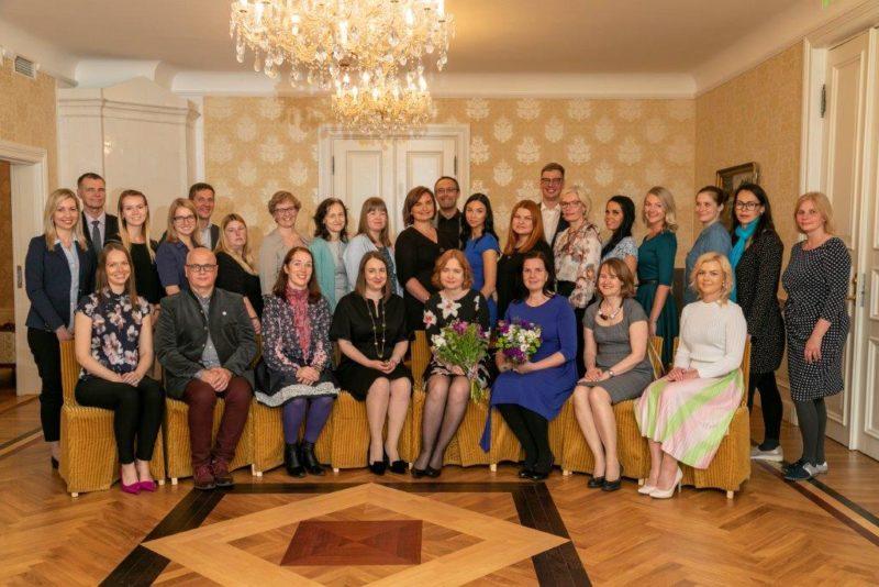 TUNNUSTUS I Tallinn tunnustas lastekaitsetöötajaid ja nimetas aasta parima