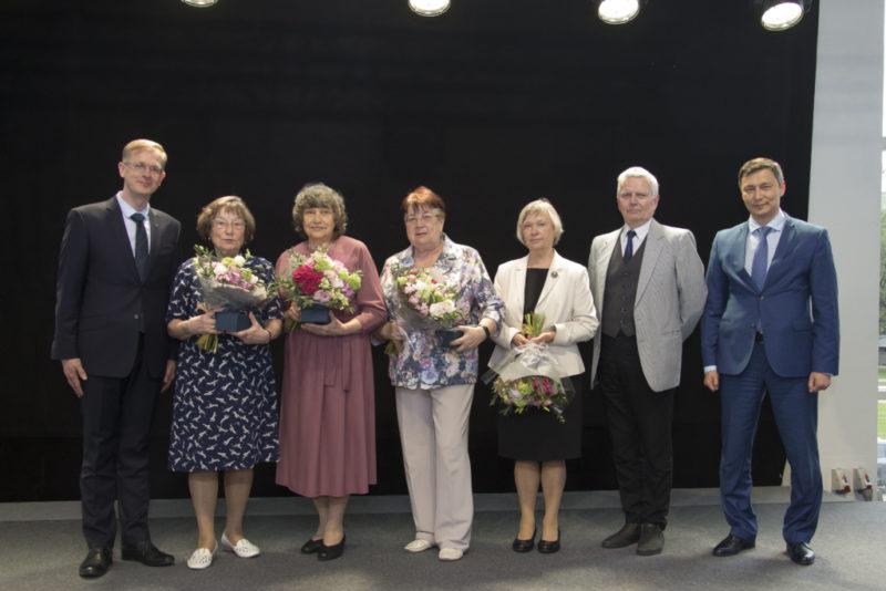 FOTOD! Tallinna linnajuhid korraldasid eesti keele aasta puhul vastuvõtu eesti keele õpetajatele