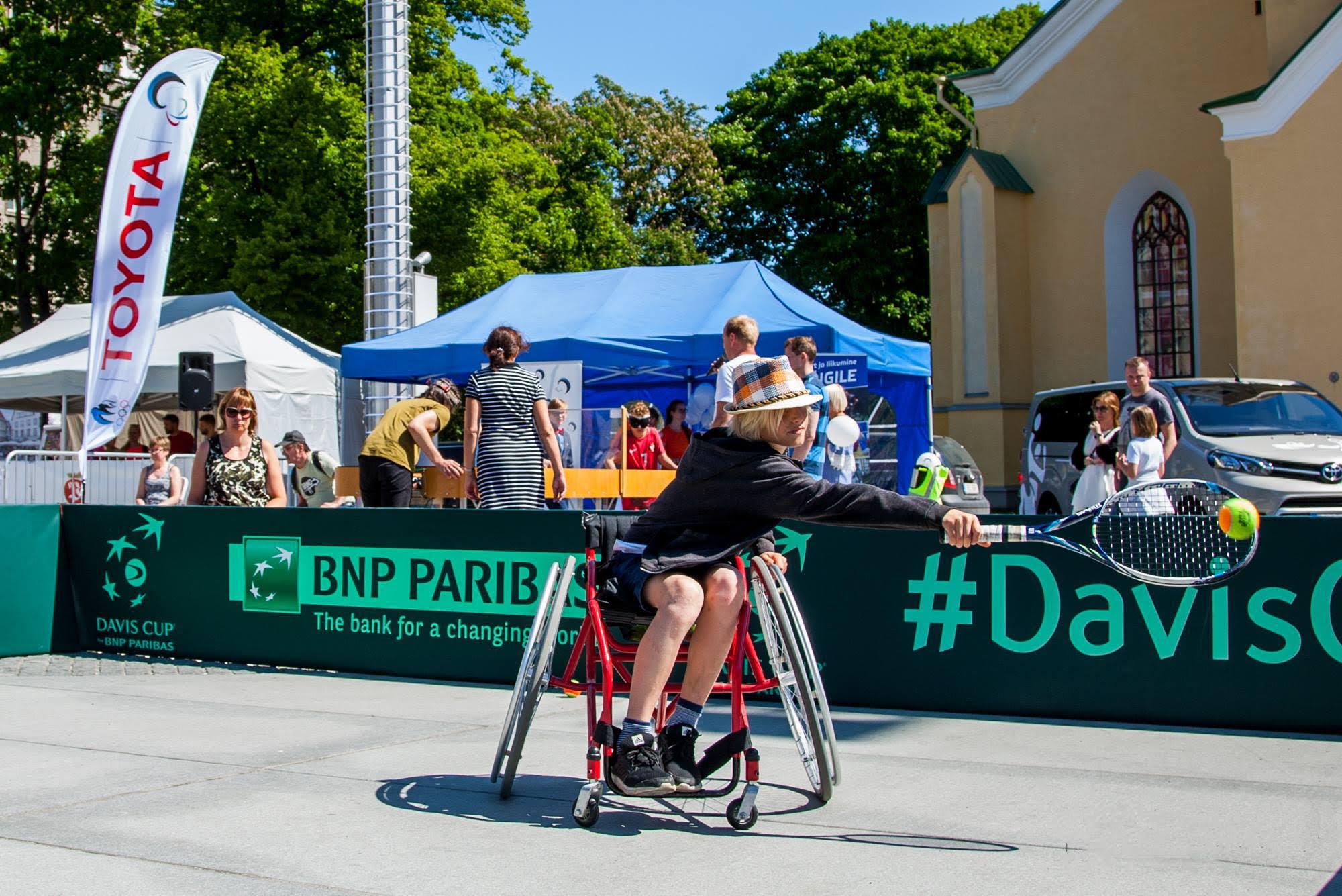 Paraolümpiapäeval saab end proovile panna mitmel alal