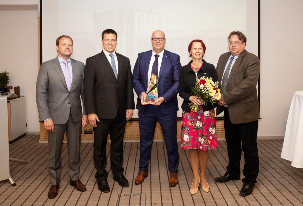f70e1e843d2 Ettevõtte esitas konkursile Tallinna Teeninduskool, kelle õppuritele on Olümpia  hotell pikka aega oluliseks praktikabaasiks.