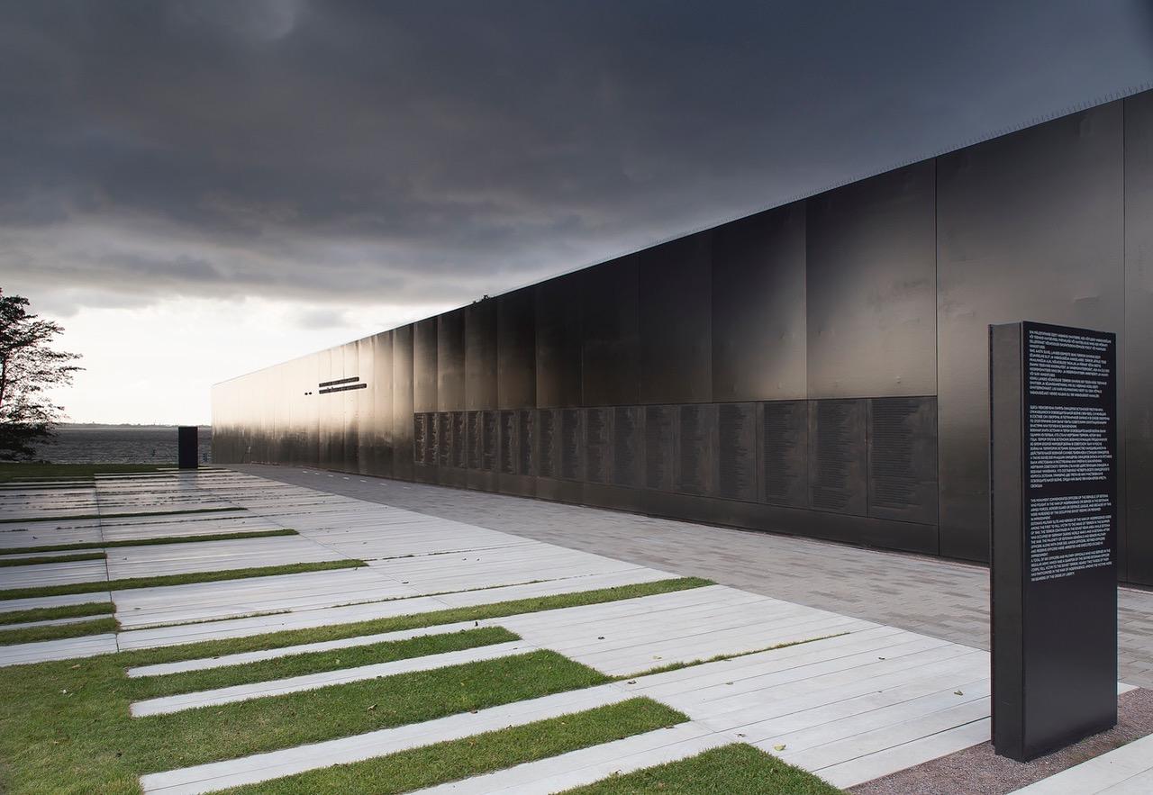 ESIMEST KORDA AJALOOS I Kommunismiohvrite memoriaal pälvis ühe maailma mainekaimatest arhitektuuriauhindadest