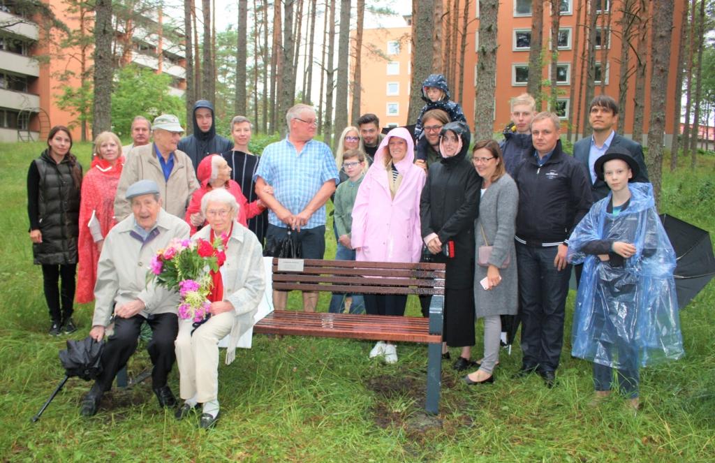 FOTOD I Olümpiavõitja Johannes Kotkas sai nimelise pingi