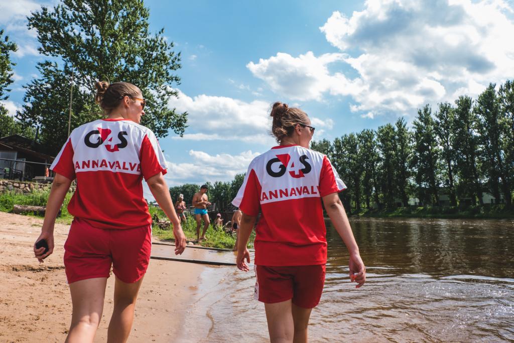 SUPLUSHOOAEG I G4S rannavalve avab suplushooaja 21 Eesti rannas