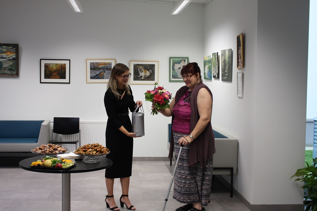HEA SÕNA LEVIB I Nõmme Majas avati Liia Lumilaiu maalinäitus