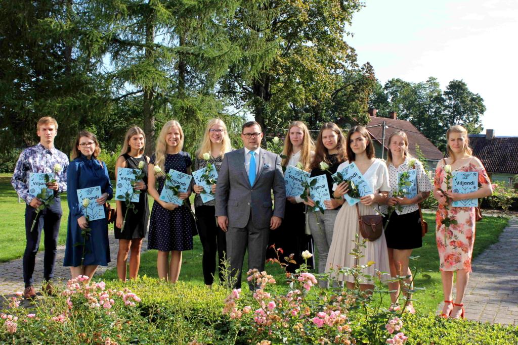 Viljandist sirgunud üliõpilased said linnalt stipendiumi