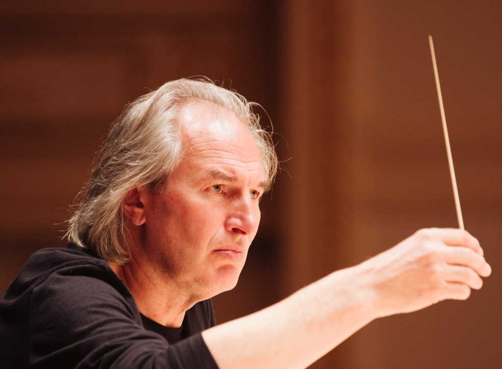 Tallinna Kammerorkester mängib Glassi ja Xenakist