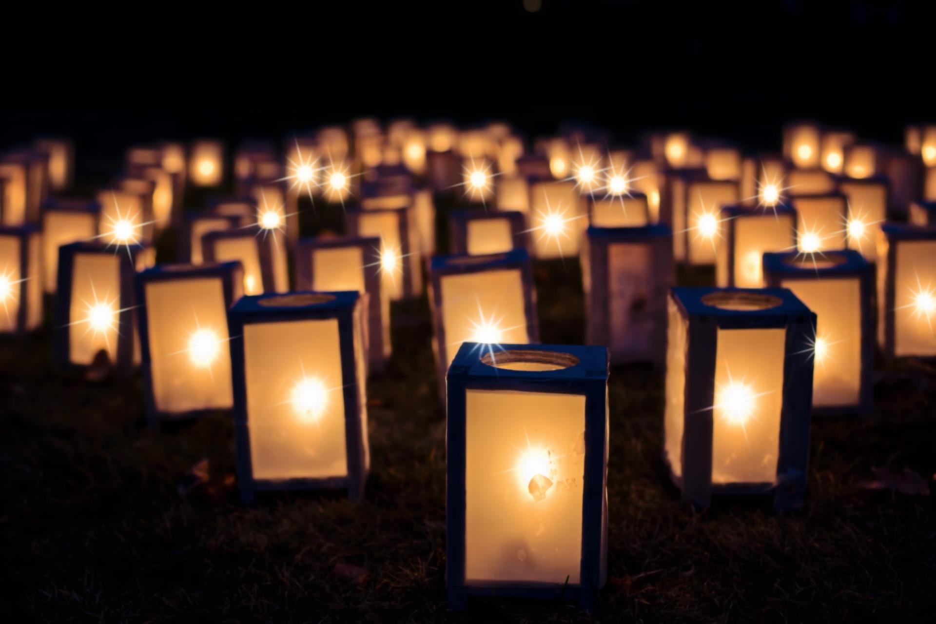 Kadrinas avati vanadest surnuaiaristidest kokku pandud Ristisalu