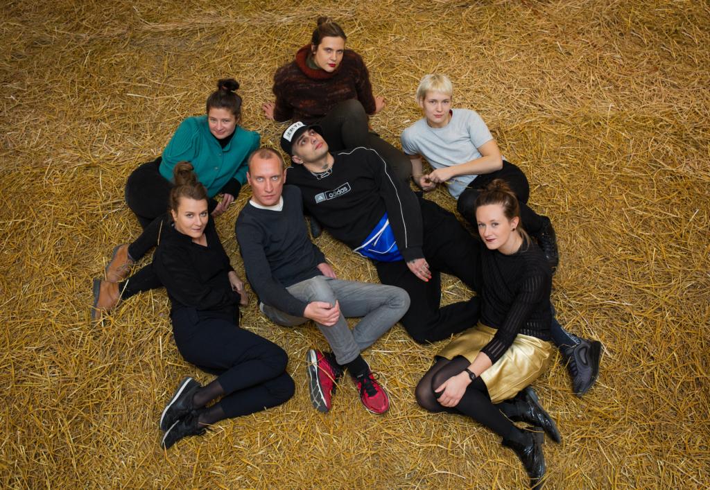 Performance'ite programm Tallinna Kunstihoones ühendab tantsu- ja visuaalkunsti