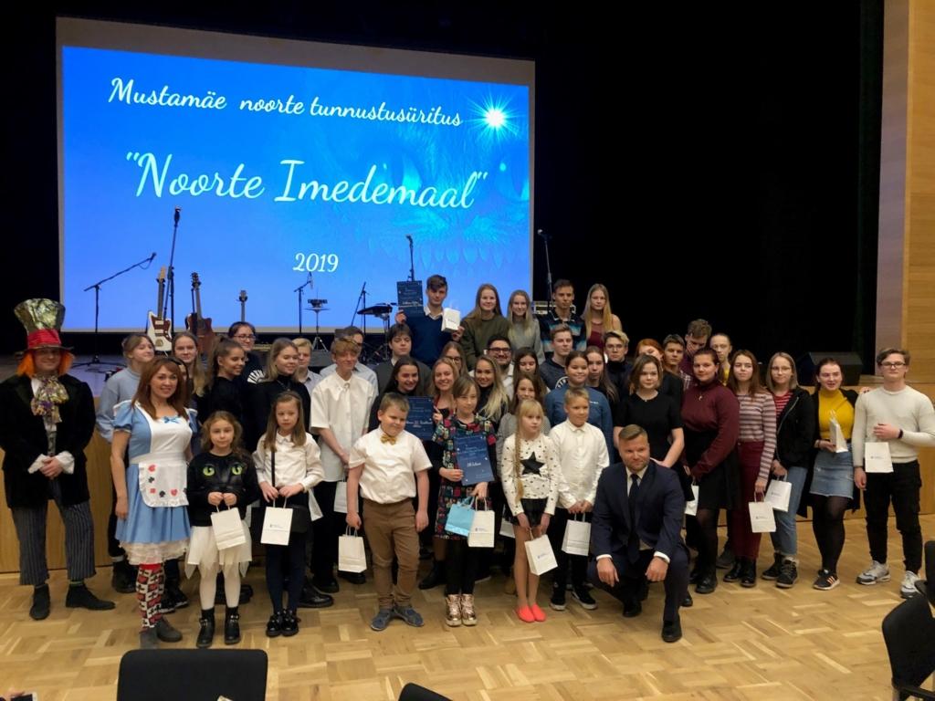 """""""Noore Algataja"""" laureaaditiitli sai Tallinna 53. Keskkooli huvijuht Georgi Lagvilava"""