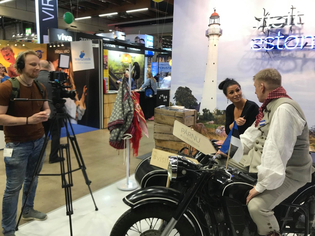 Matka 2020_Timo Raussi soomlannaga mootorrattal