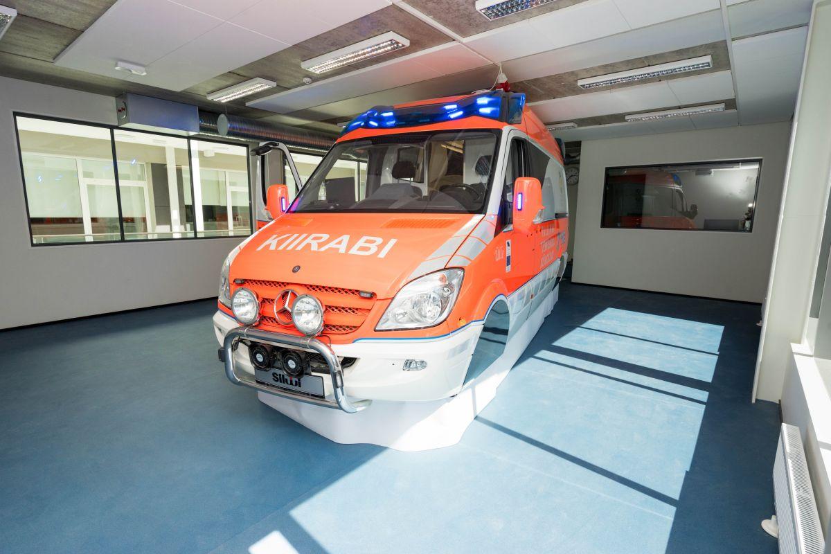 Kiirabiauto simulatsioon Tallinna Tervishoiu Kõrgkoolis (2)