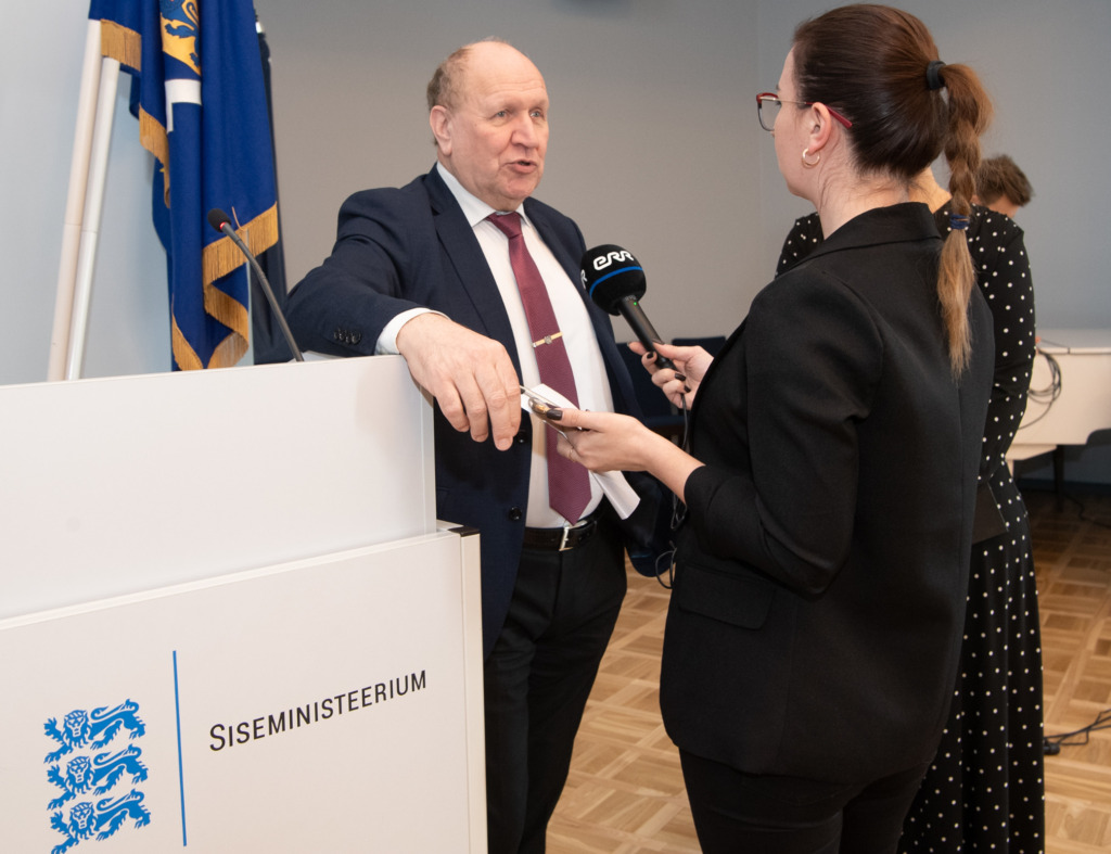 Siseministeerium tunnustas vabatahtlikke Mart Helme Erik Peinar