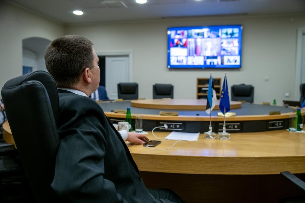 ERITEADE I Eesti lubab üle riigipiiri töölkäimist Läti vahel