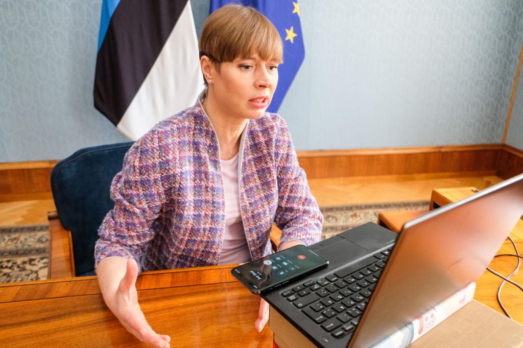 AITÄH I Regionaalhaigla tunnustas virtuaalpeol aasta õendus- ja hooldustöötajaid