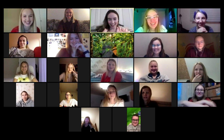 VIDEO I Üle-eestiline neidudekoor Leelo tegi kodus karantiinis olles ägeda video