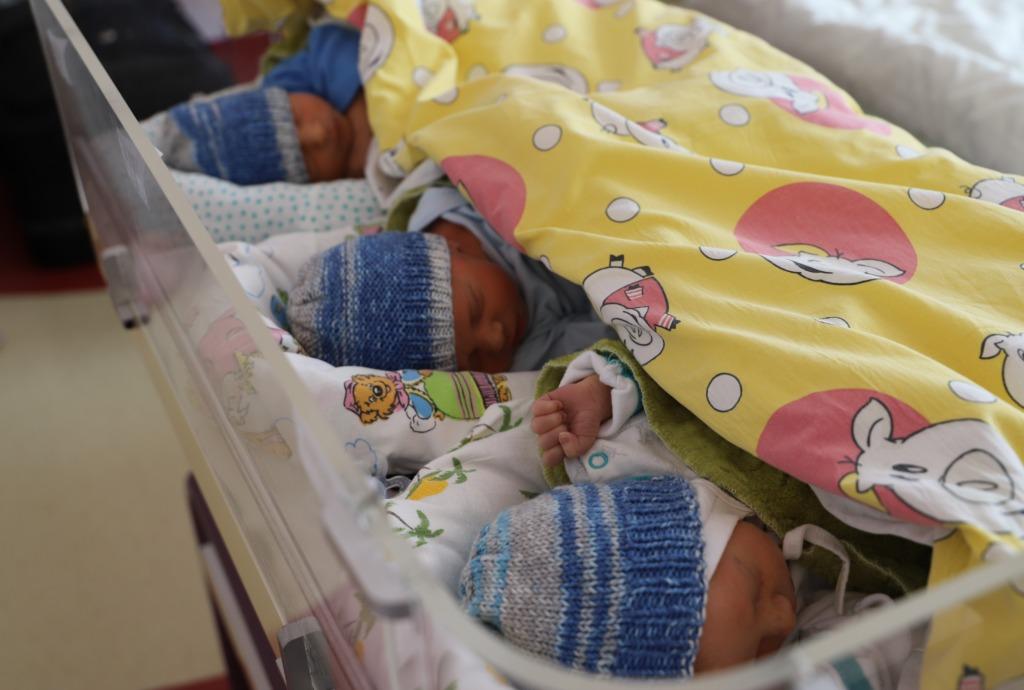 VADIM, EVGENI JA VLADIMIR I Maikuus sündisid Keskhaigla sünnitusmajas kolmikud