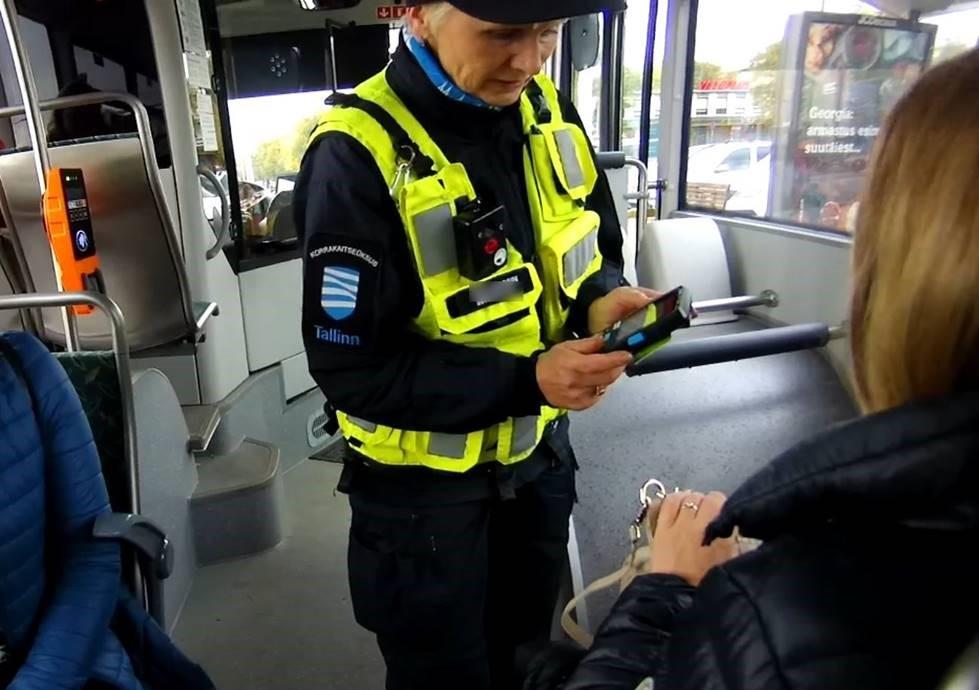 INIMESED ON TUBLID I Mupo piletipatrull kiidab ühistranspordis sõitjaid: inimesed on tublid, valideerivad ja ostavad pileteid