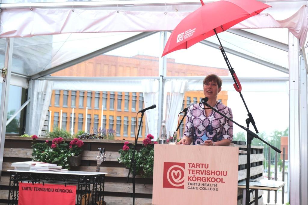 RAVIKINDLUSTUSMUDEL I Kersti Kaljulaid: solidaarne ravikindlustusmudel on otseselt tulenev Eesti põhiseadusest