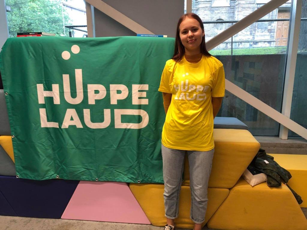 Hüppelaual osaleja Margaret tiimist LunchWell