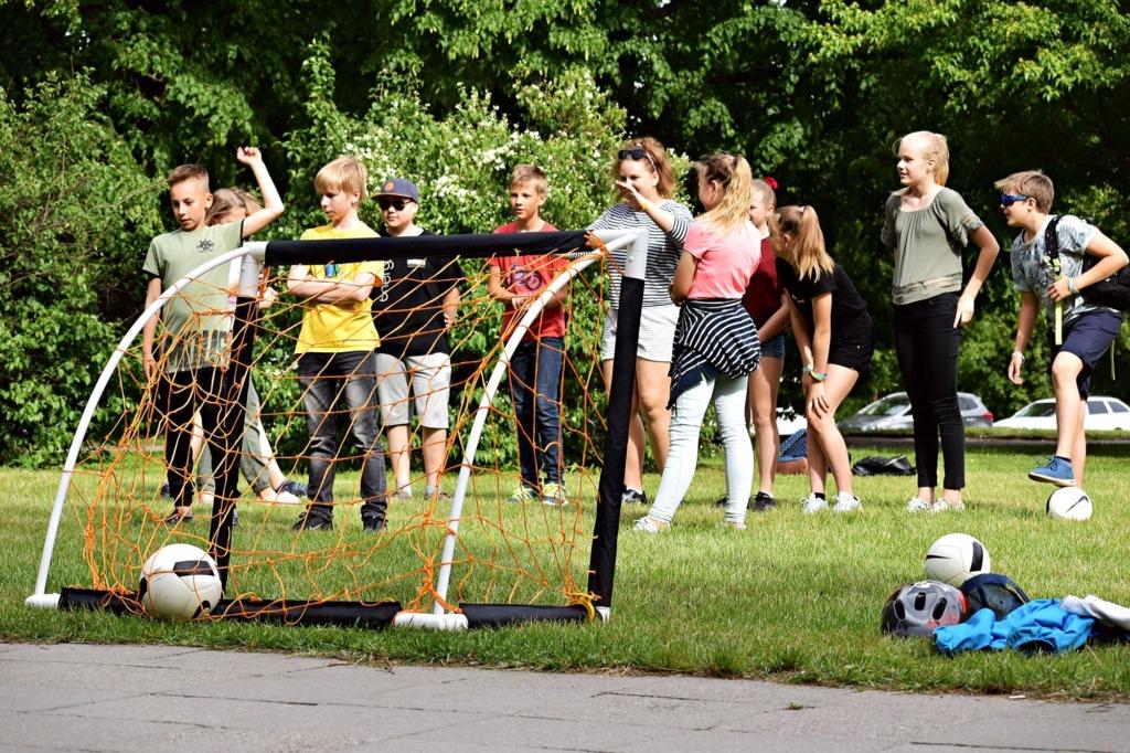 """JUBA HOMME! Tartu tarkusepäev """"Tarkus ringleb Tartus"""" kutsub homme noori kesklinna"""