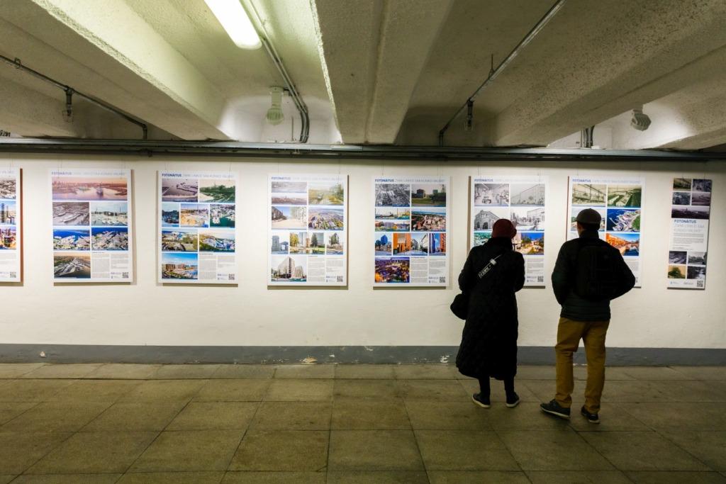 Fotonäitus Vabaduse väljaku tunnelis_foto autor Arno Mikkor