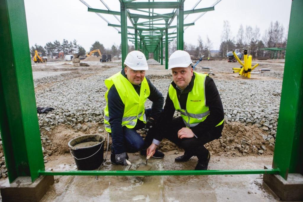 FOTOD I Baltikumi suurim surugaasitankla Peterburi teel sai nurgakivi