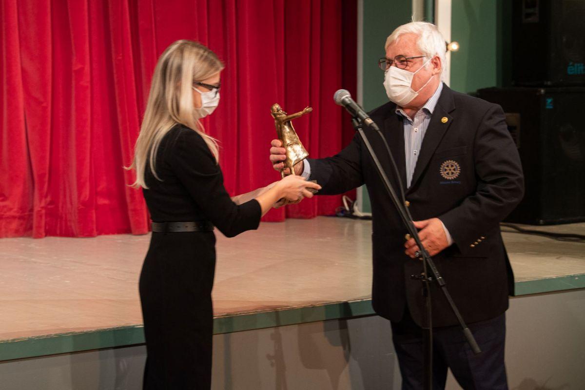 TUNNUSTUS I Kauaaegne kogukonna hüvanguks tegutsemine tõi tunnustuse Nõmme Rotary Klubile
