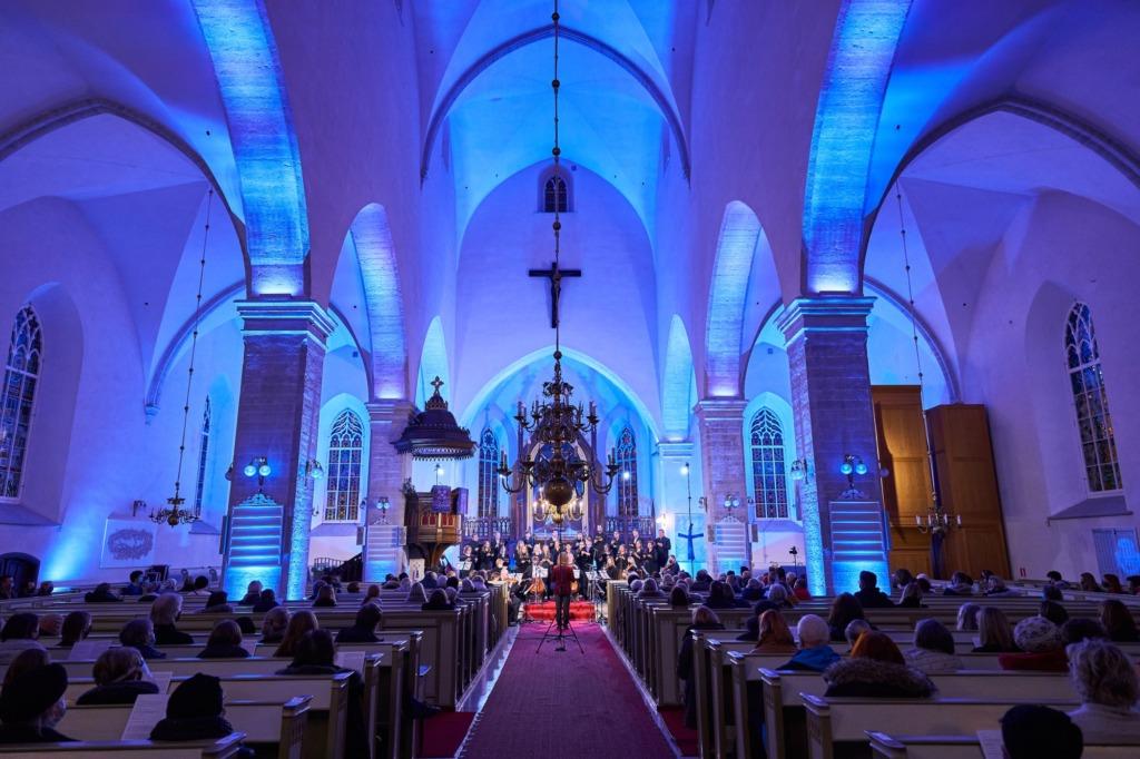 Collegium Musicalel valmis Pärt Uusbergi sünnipäevaks kontsertvideo