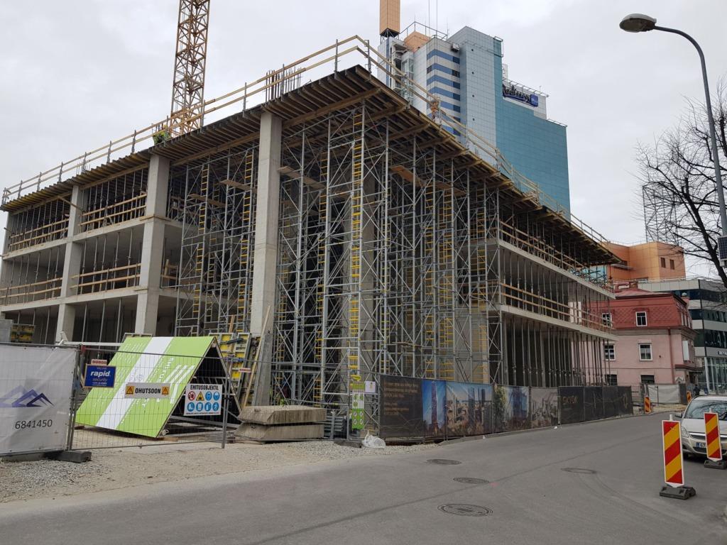 Pealinna parima ehitusplatsiga ehitusettevõtja on selgunud