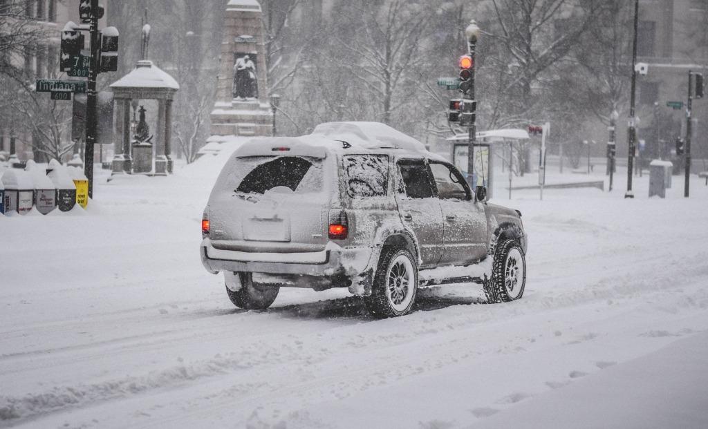 VIDEO I Päästeamet hoiatab lumetormi ja raskete teeolude eest