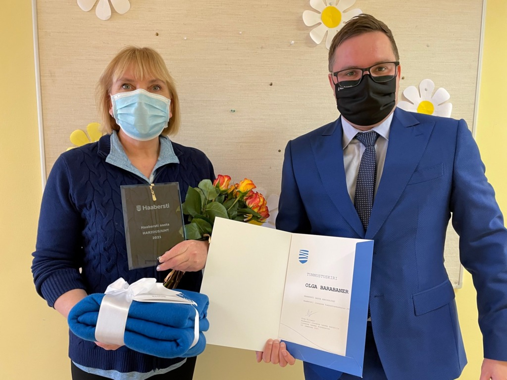 Haabersti aasta haridusjuht Olga Barabaner ja linnaosa vanema asetäitja Oleg Siljanov