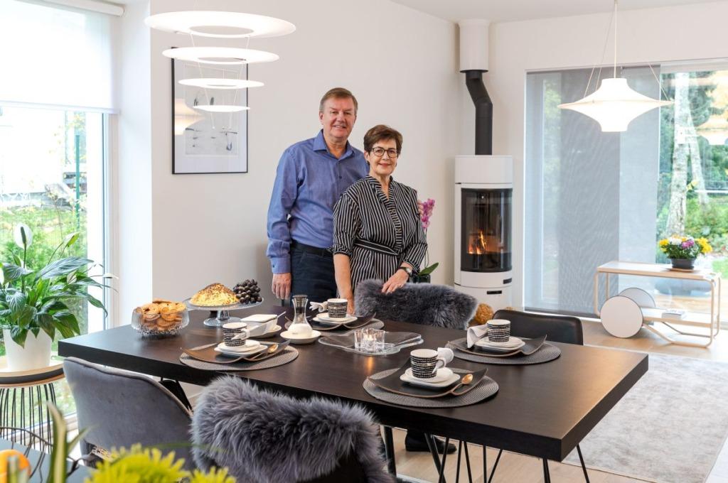 FOTOD I Aasta kauneima kodu konkursi võitis Soomest Eestisse pensionipõlve pidama naasnud paar