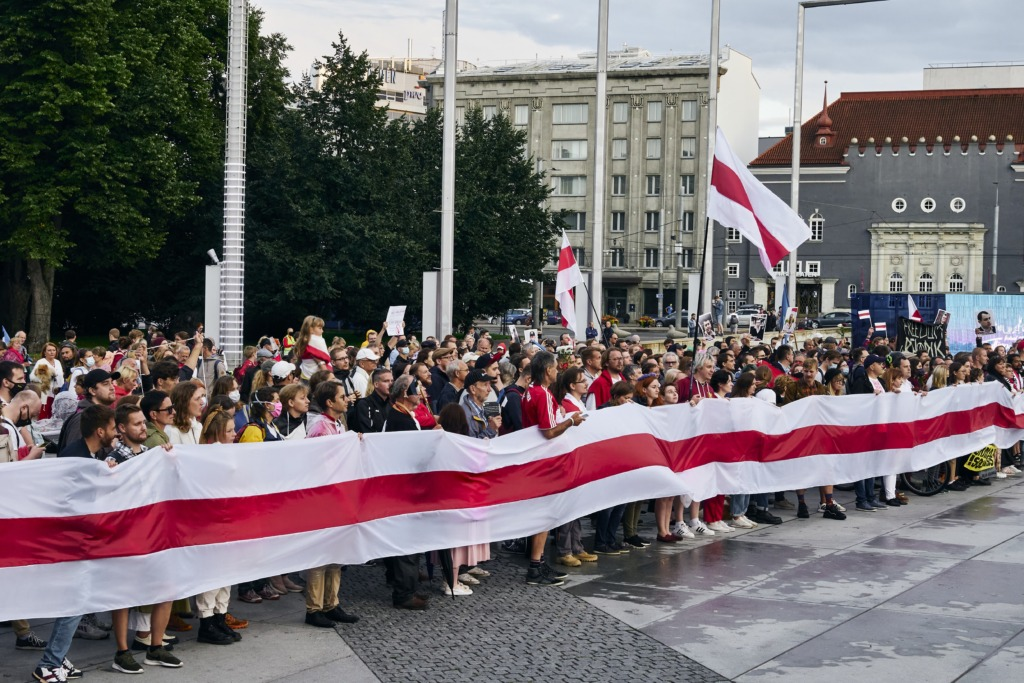 VABA VALGEVENE HEAKS I President Kaljulaid kõneles Poola presidendiga inimõiguste rikkumistest Valgevenes