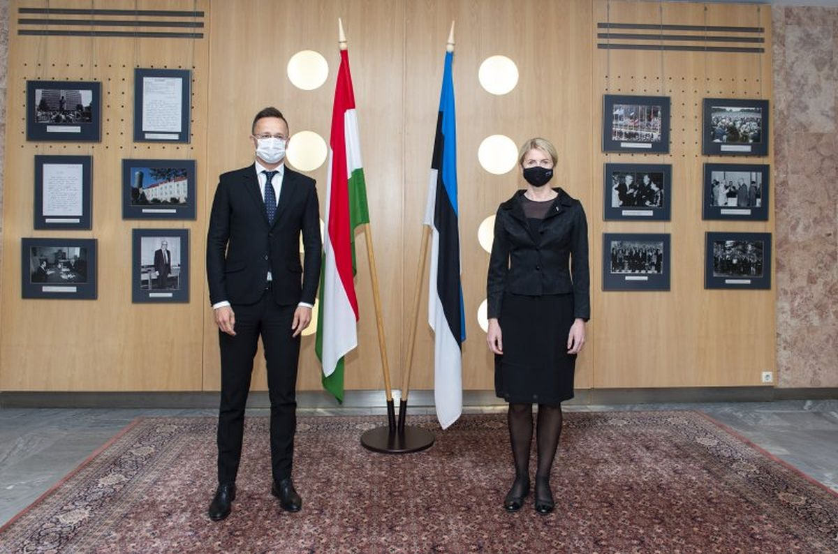 Peter Szijjarto ja Eva-Maria Liimets
