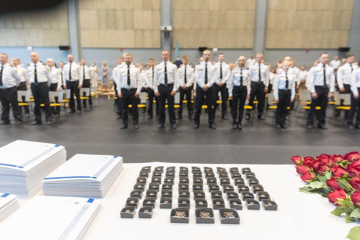 Eesti sisejulgeoleku ridadesse lisandus 301 uut liiget