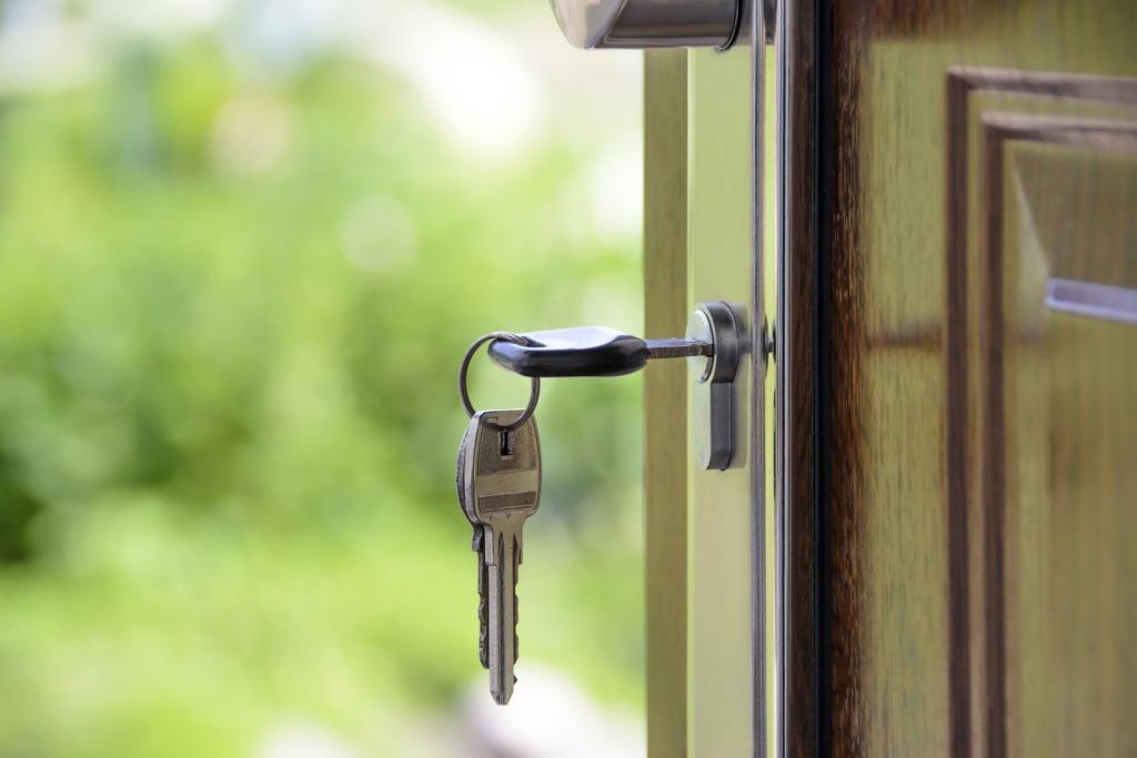 avatud uksed.Pixabay