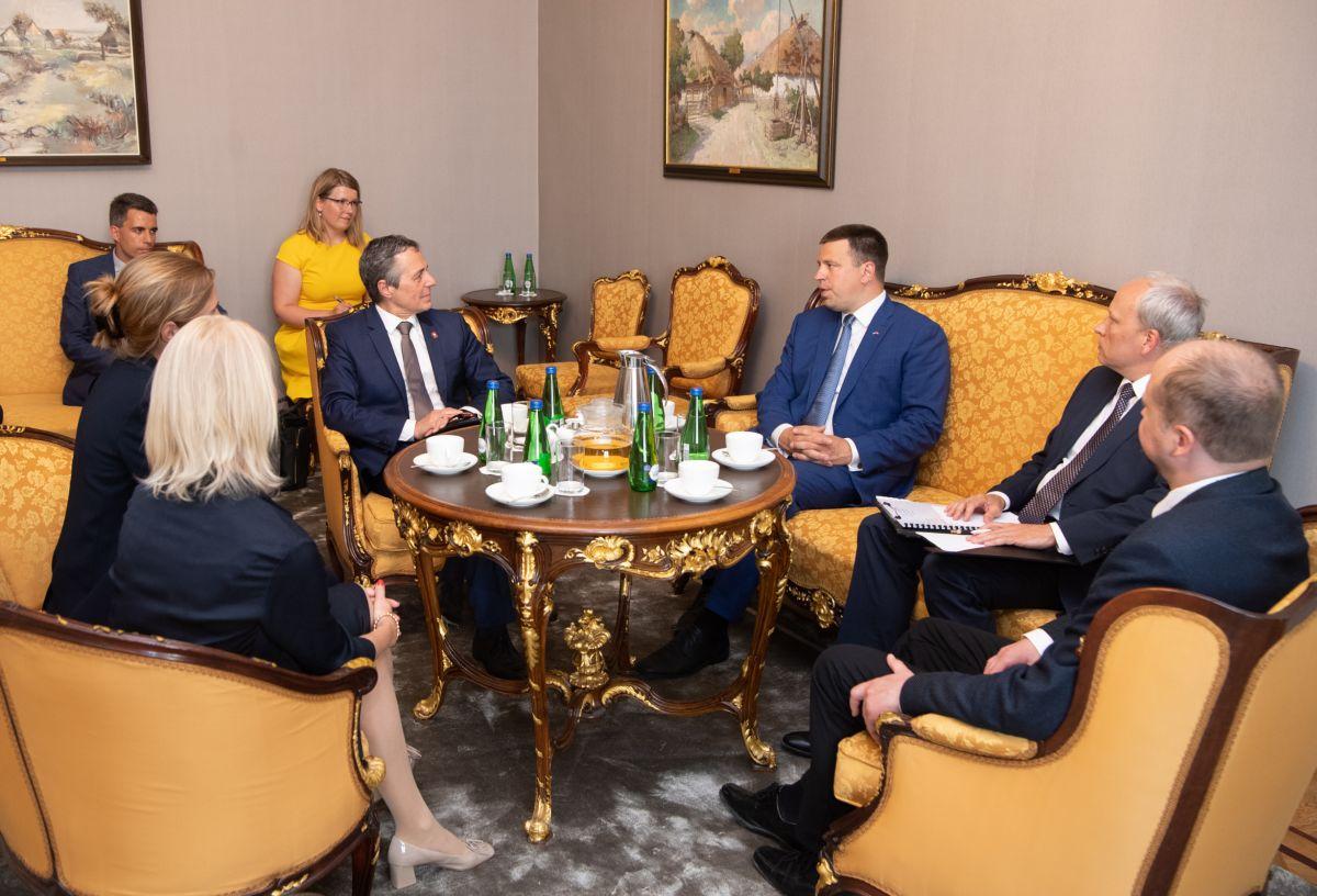 Šveitsi välisminister külastas Riigikogu
