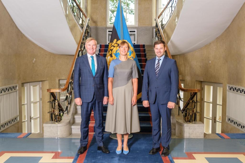 Kersti Kaljulaid kohtus täna siseminister Kristian Jaani ja kaitseminister Kalle Laanetiga